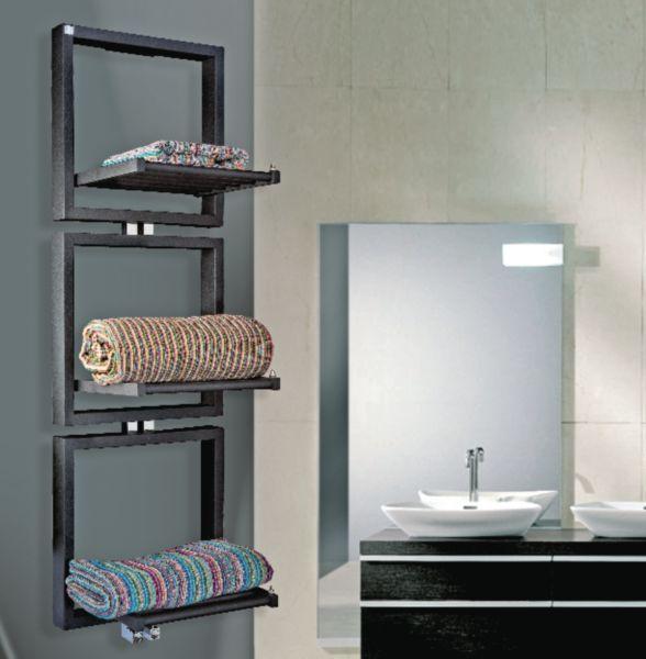 Sèche-serviettes  eau chaude TRIS 818W étendoirs relevés et 941W étendoirs abaissés