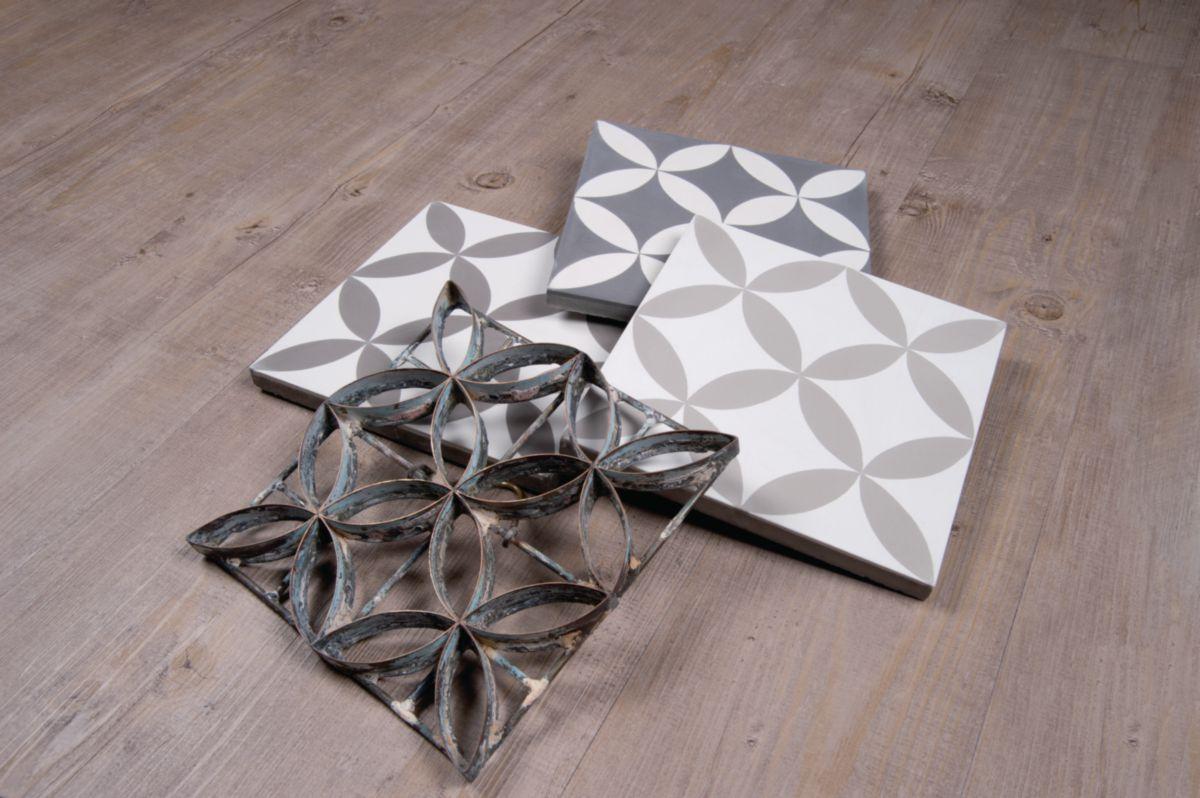 Préféré Carreau de ciment CIMI20 - décor moderne - gris foncé/blanc cassé &MB_22