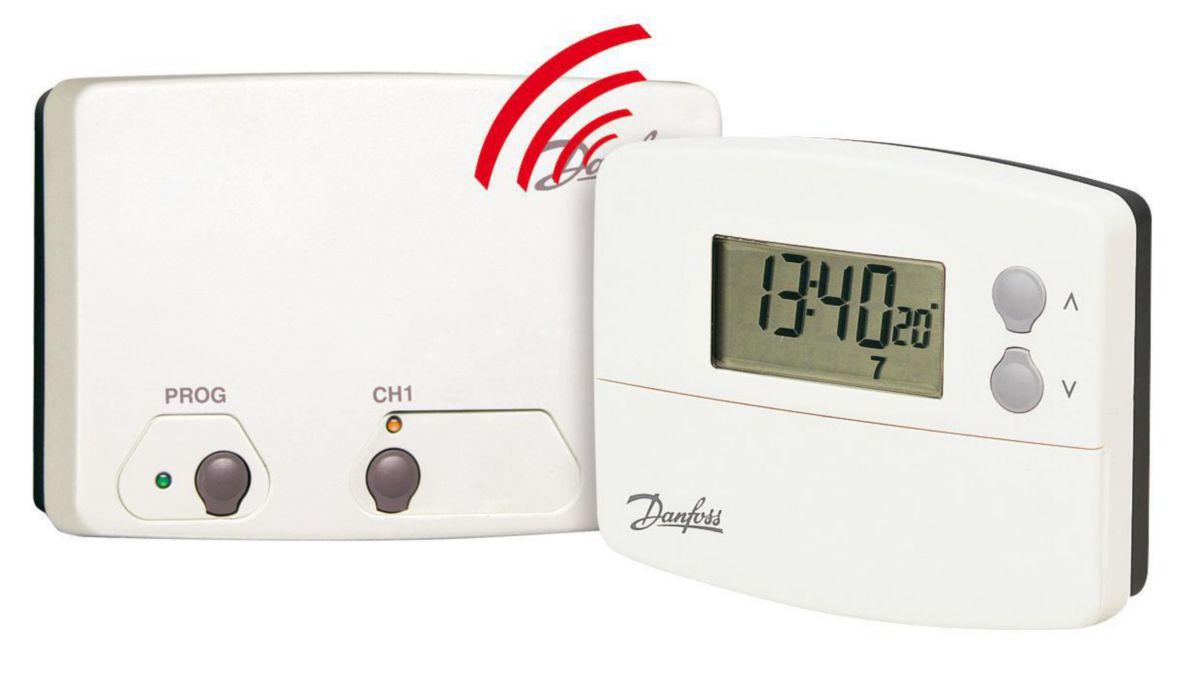 danfoss thermostat programmable sans fil 5 2 jours. Black Bedroom Furniture Sets. Home Design Ideas
