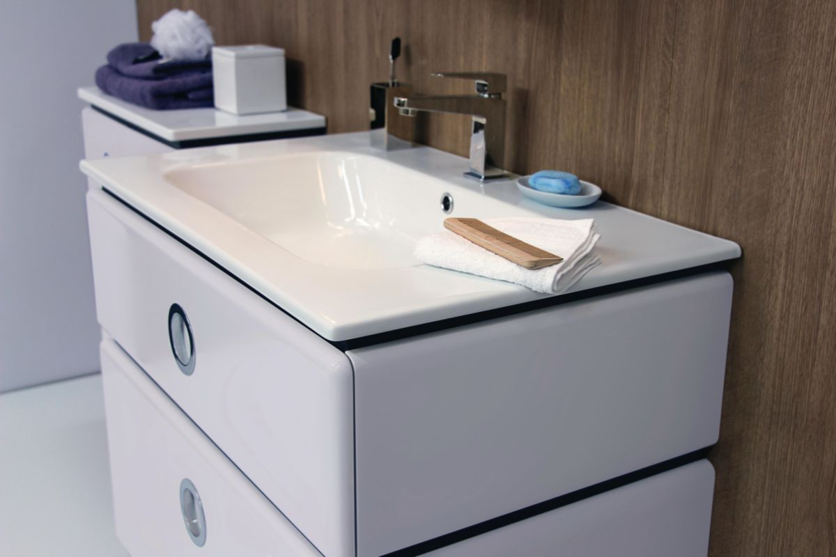 Meuble double vasque JOLIE MOME longueur 120 cm 4 tiroirs poudre brillant  plan céramique blanc livré avec 2 pieds réf. 181402100002