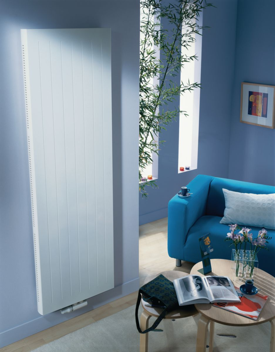 finimetal radiateur eau chaude reggane deco type 21. Black Bedroom Furniture Sets. Home Design Ideas