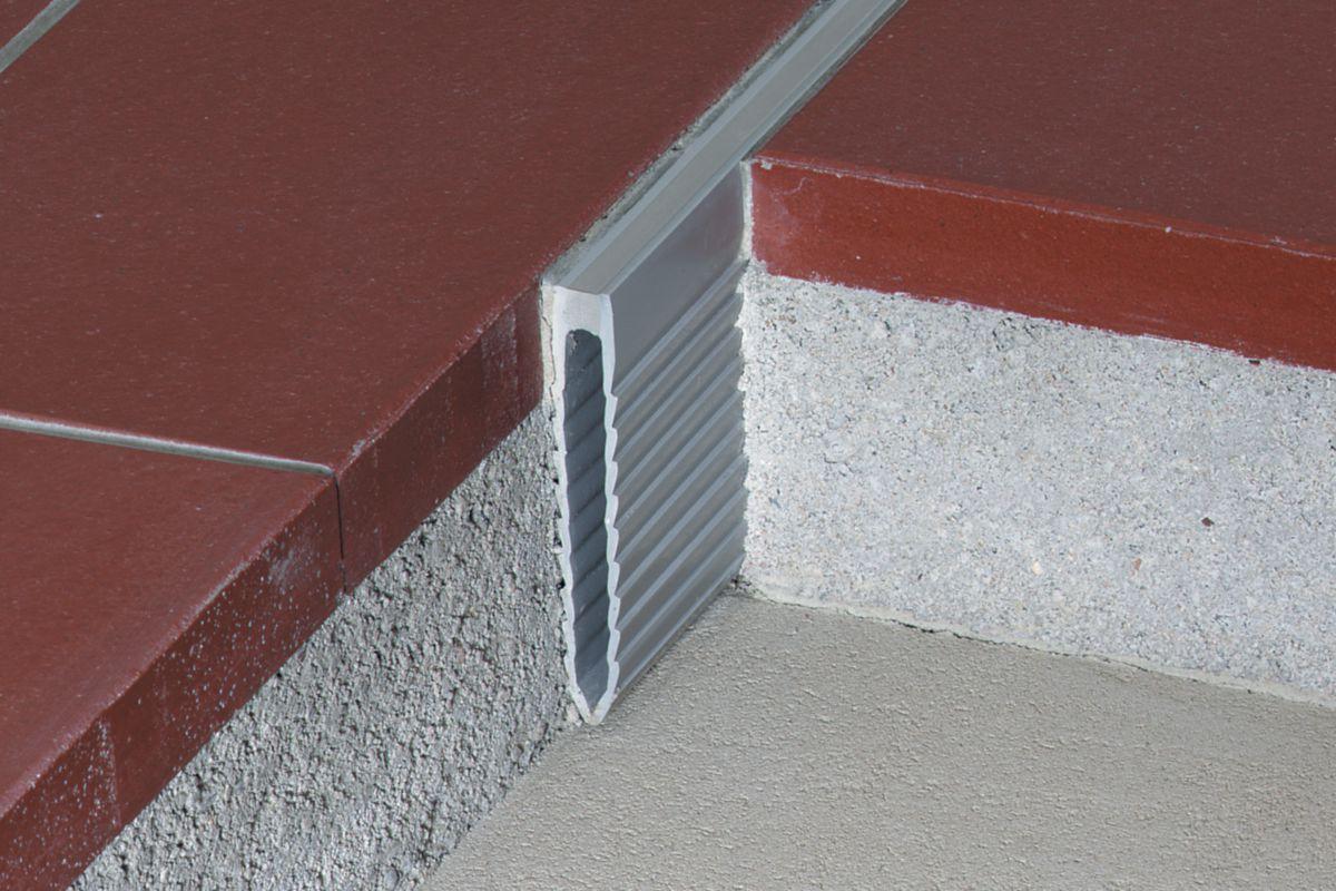 SCHLUTER SYSTEMS - Joint de fractionnement Schlüter®-DILEX-MOP - PVC H. 35 mm x L. 2,5 m   Cedeo