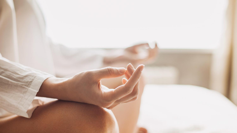 Yoga et méditation dans le bain et sous la douche.