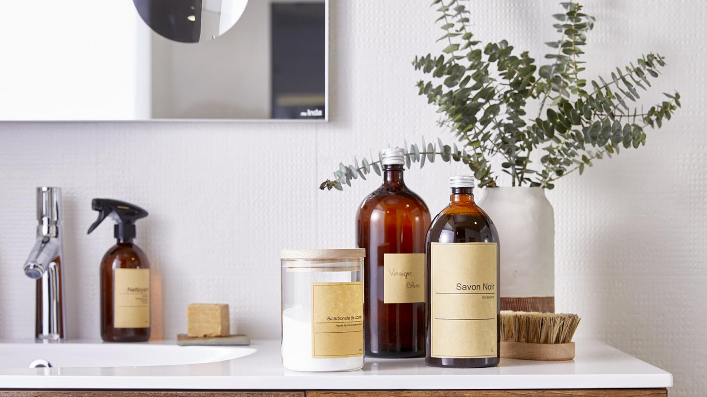 Nettoyer sa salle de bain au naturel : 16 produits indispensables