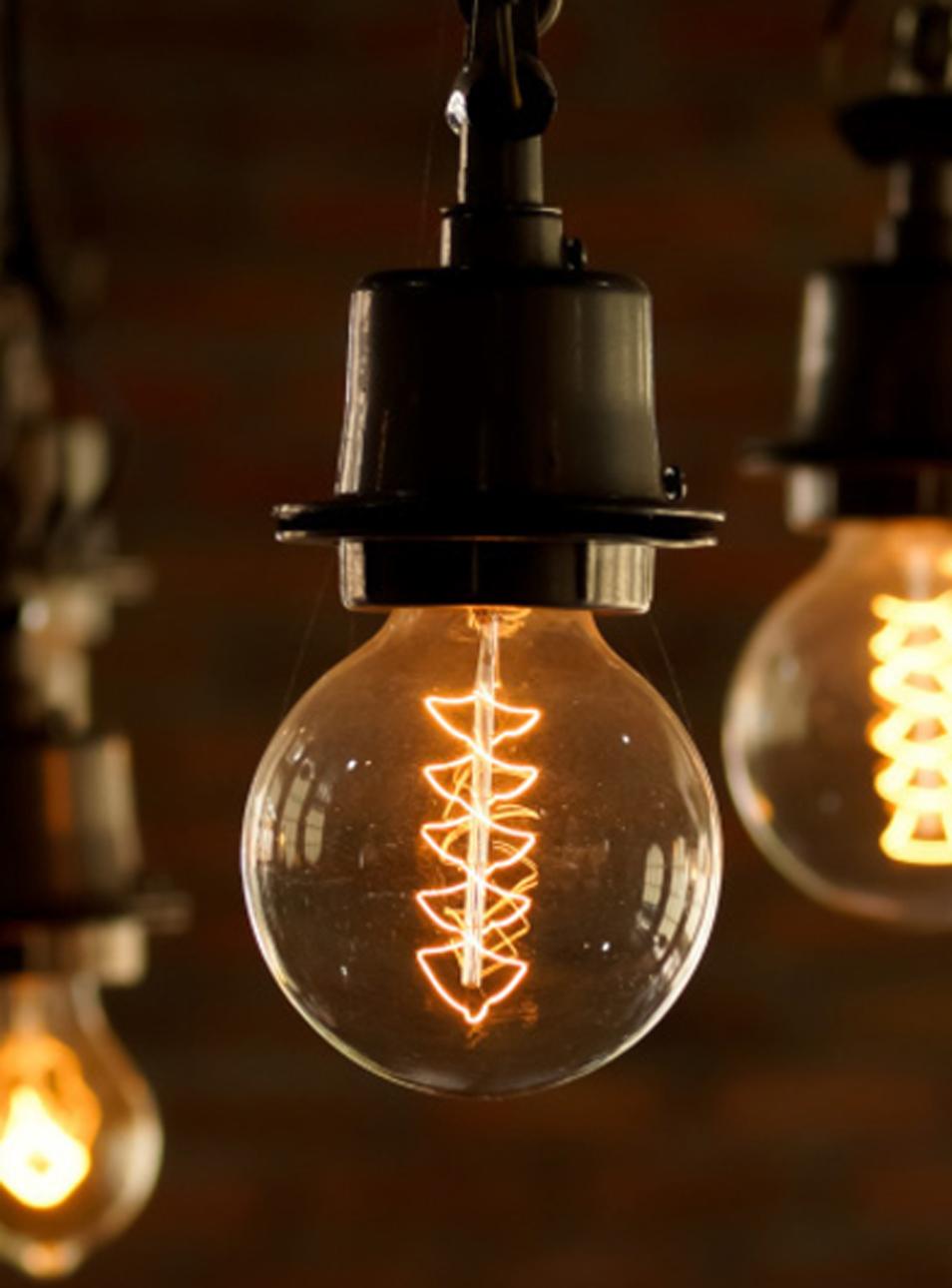 Ampoules avec filaments visibles