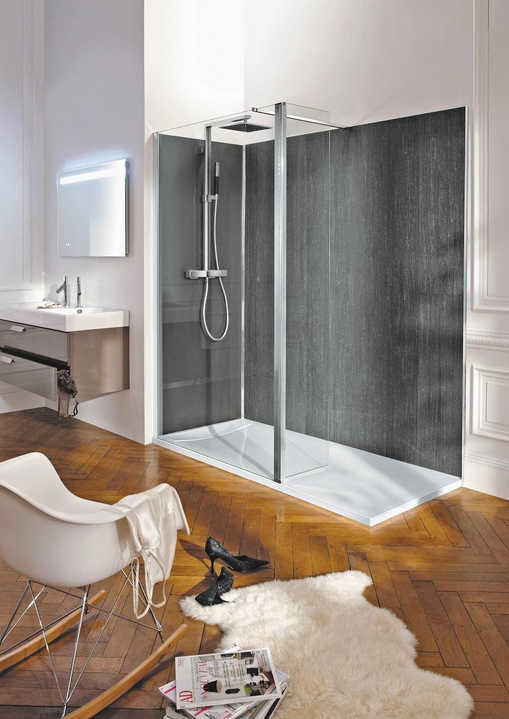 18 types de revêtement mural pour la douche  Cedeo
